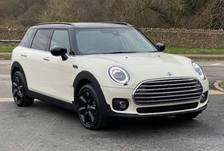 MINI Clubman Exclusive. 3.9% APR available.