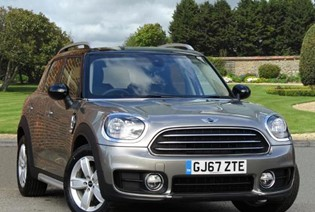 Cooper D Countryman - Available at 5.9% APR with a £1000 Deposit Contribution