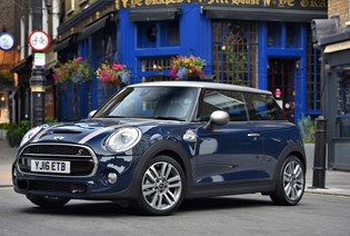 MINI Cooper Seven Edition now £239 p/m with no deposit