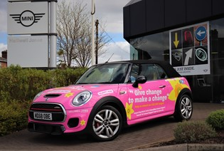 Halliwell Jones' Pink MINI Cooper!