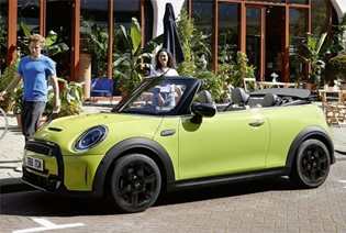 THE NEW MINI CONVERTIBLE.