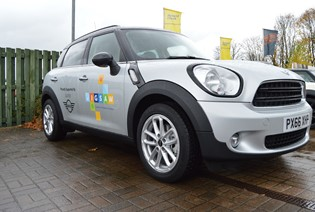 Lloyd MINI Cumbria donates Countryman to Eden Valley Hospice