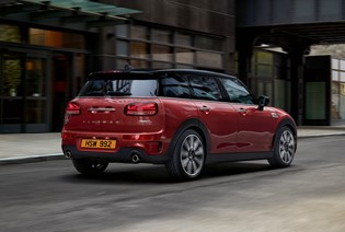 OPEN MORE DOORS WITH THE NEW MINI CLUBMAN.