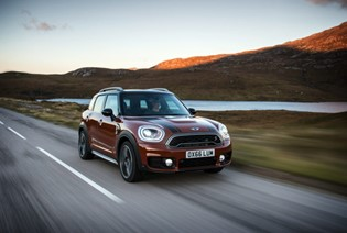 MINI Countryman vs Audi Q2 vs Volvo V40 Cross Country