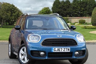 Cooper D Countryman Auto ( - Available at 5.9% APR with a £1,000 Deposit Contribution