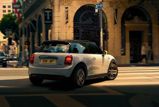 Book your MINI Electric Test Drive.