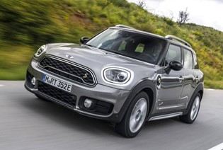 Mini Countryman Cooper S E All4 2017 Review